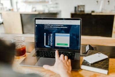 Make Trackable Links